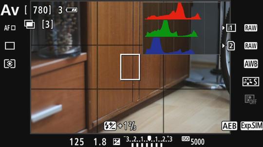 Info tlačítko, resp. info grafika a živý náhled