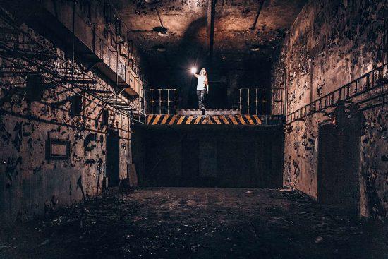 Ostření v podzemí - asistentka | moje Tajemno
